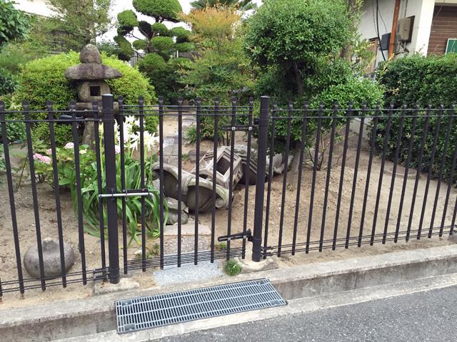 地震の被害・・・史跡とか墓石とか結構崩れていそうですね?